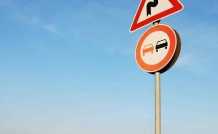 Tubos estriados En 12899-1 para carteles de señalización en carreter
